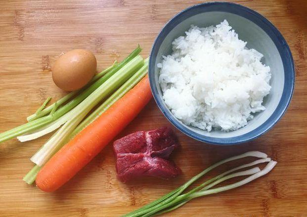 炒饭这样做,营养好味道好,比扬州炒饭好吃多了