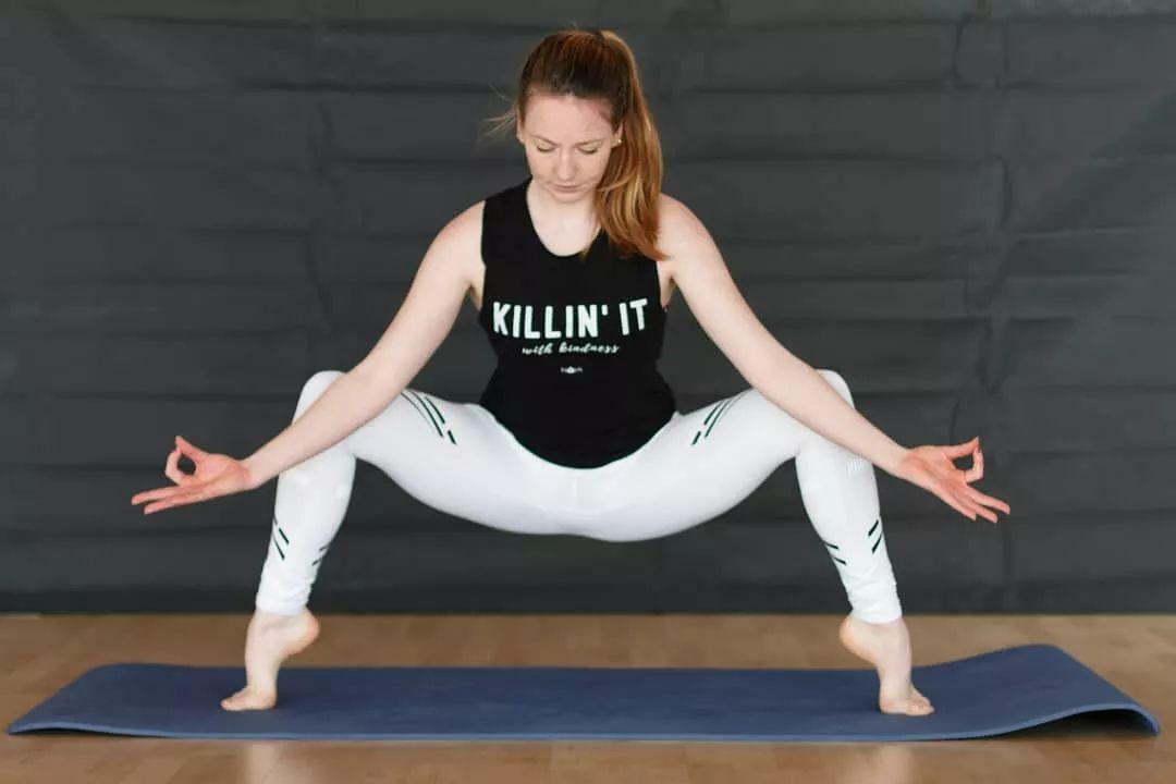 瑜伽女人教你,日常保养这样做,健康又水灵图片