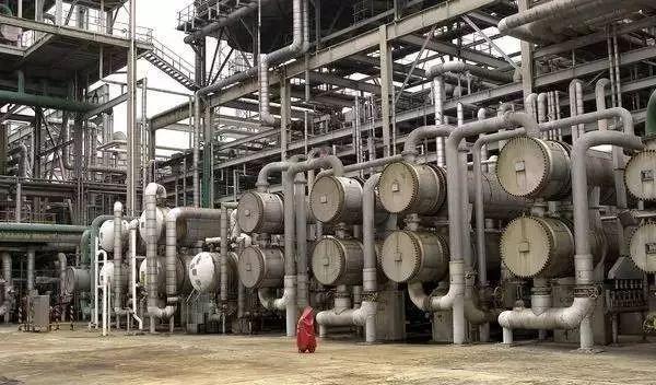 齿轮泵(螺杆泵) 浸没泵 手摇泵 水环式真空泵 电动往复式压缩机 电动图片