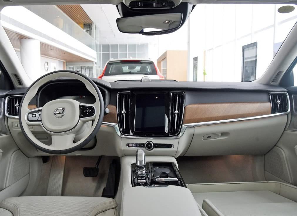 最贵吉利车108万专为中国富豪打造后排自带ipad_腾讯分分彩赚钱