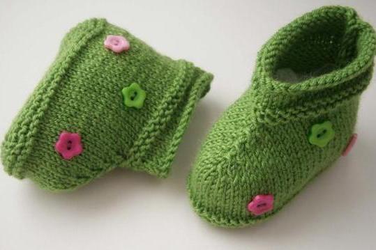 钮扣花宝宝鞋子的编织流程图