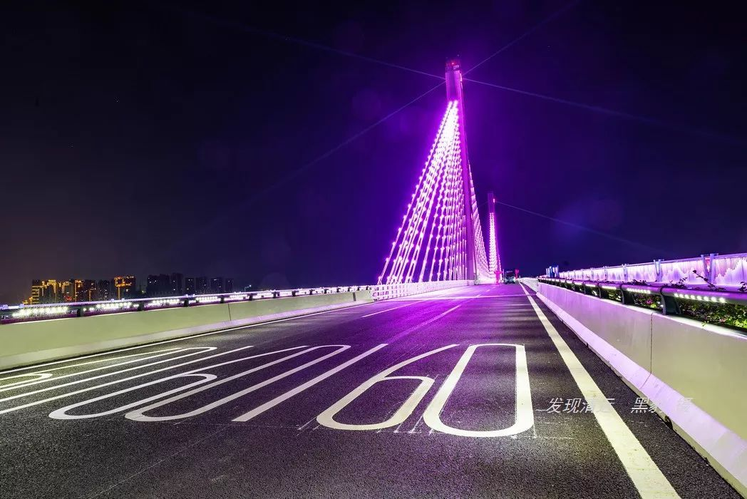 欧美美女爆肛囹?a_高达93米的双塔斜拉索设计, 洲心大桥的景观灯光最吸引眼球