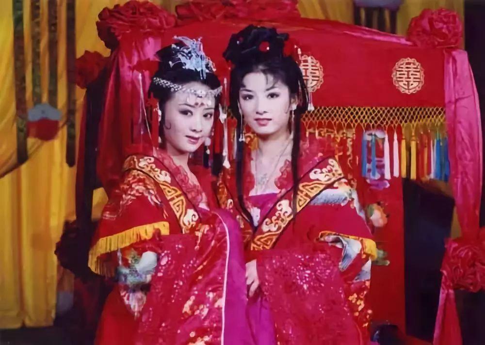 黄奕谈当年嫁给黄毅清的原因:曾患脑瘤难怀孕,因为孩子而妥协