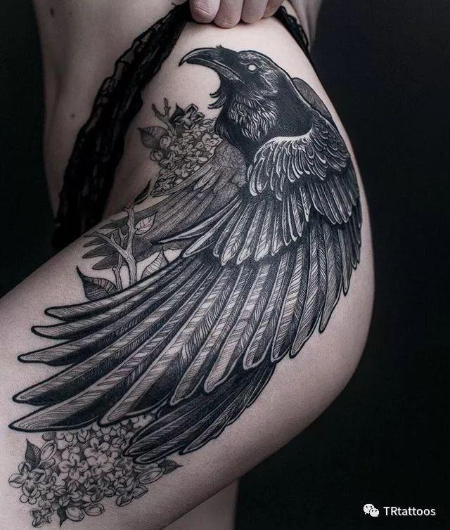 超酷的乌鸦纹身:遮盖首选,硬核必备图片