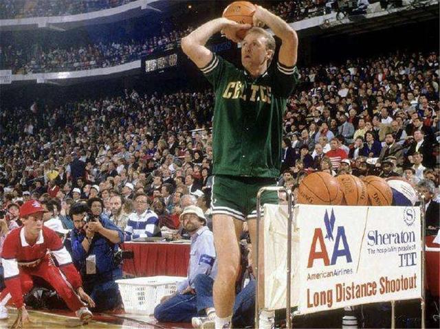 NBA五大经典嚣张语录:卡特杀人还要诛心,伯德三分大赛实力装逼