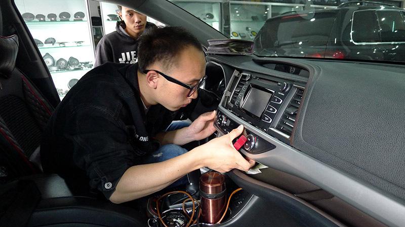 老朋友新体验昆明丰田汉兰达二次升级加装诗芬尼DSP
