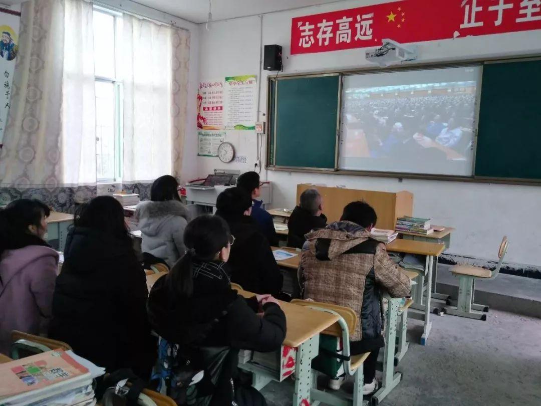 恩阳实验中学初三年级学生正式返校_手机搜狐网