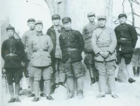 抗战时他便卧病在床,为何能授开国大将,因他手握红军一张欠条?