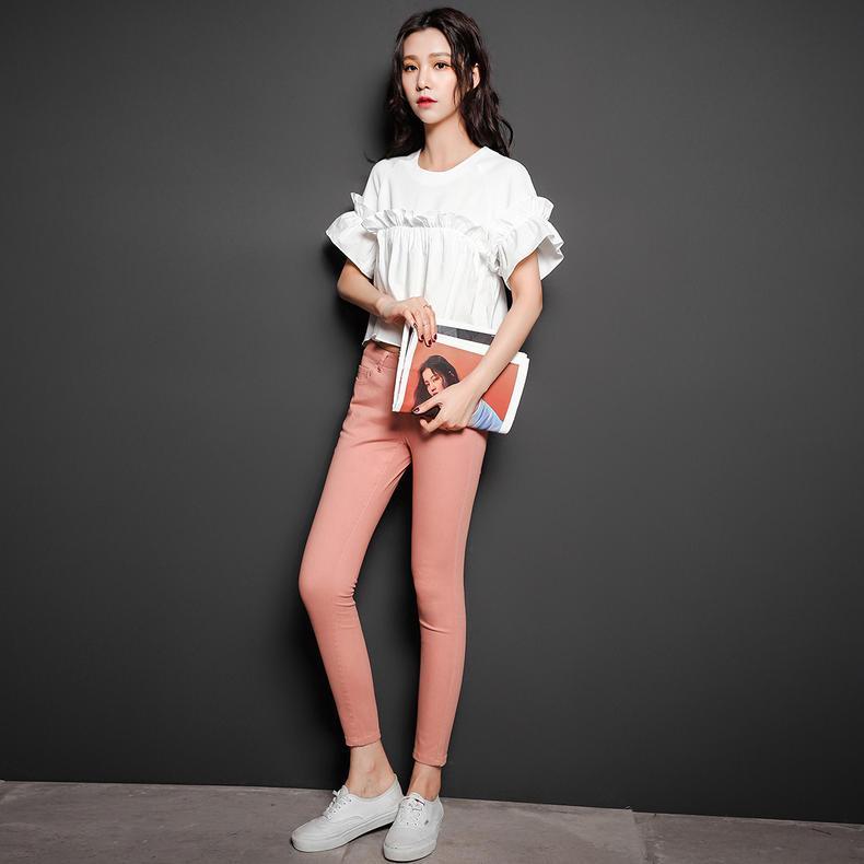 打底裤外穿很显腿长,但这3种要尽量少穿