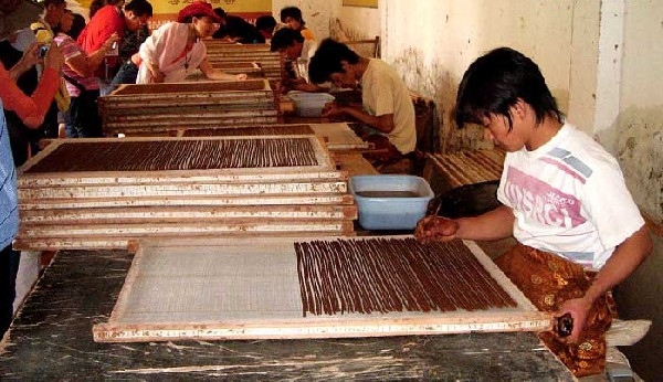 花语茶香-你一定不知道的,秘制藏香的制作工艺工序