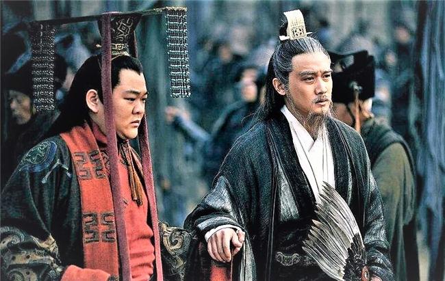 整个三国时代能被刘备看上的而且当成诸葛亮第二的人恐怕不多吧