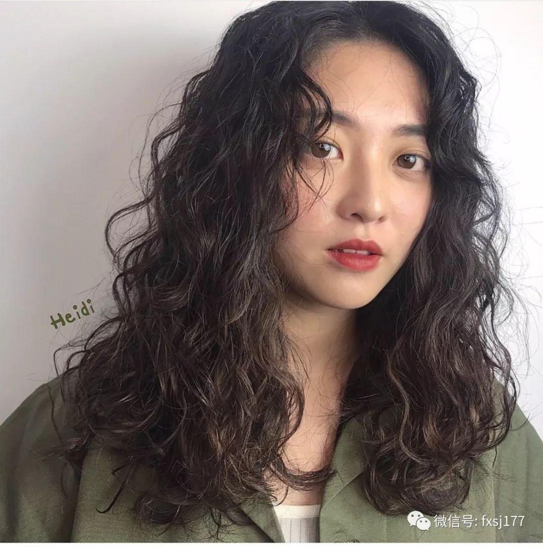 """2019最新""""小炸卷""""上癮,越燙越燙發_妹子初中生河南臨高圖片"""