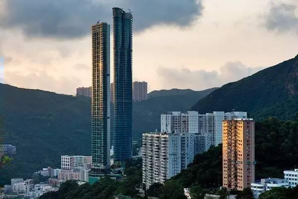 盖了一栋73层住宅,仅卖掉30套房子,卖不出的房子反让他赚几百亿