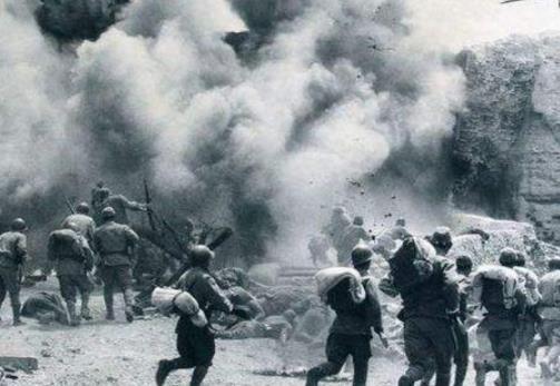 重庆大轰炸背后的中日谍战,密码之父揪出间谍,弱女子拯救重庆