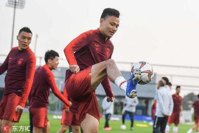 国足多哈备战亚洲杯 马达洛尼过掉韦世豪乐开花了图片