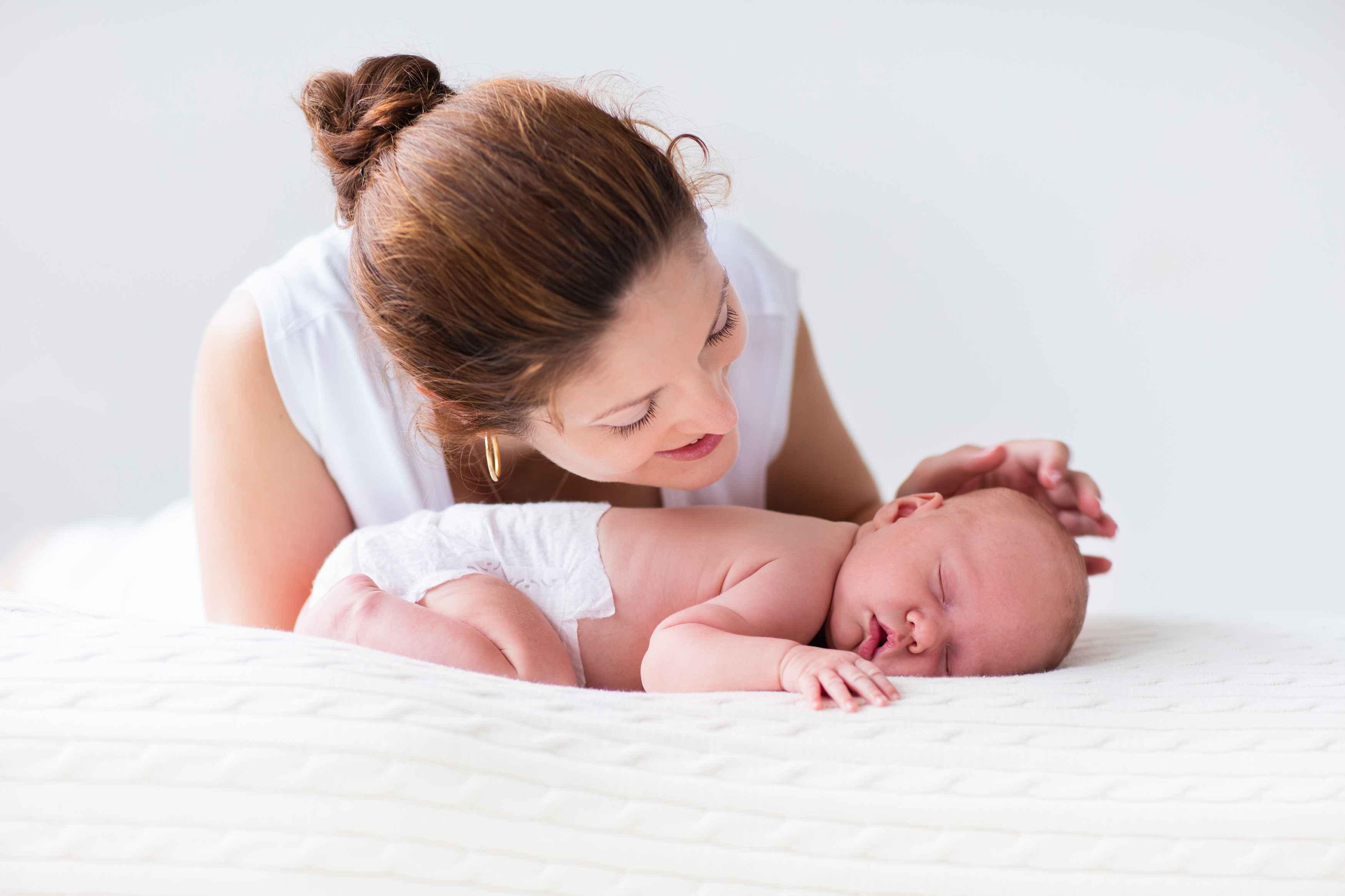 这4种错误睡姿,会让宝宝越睡越笨,宝妈们都注意了!