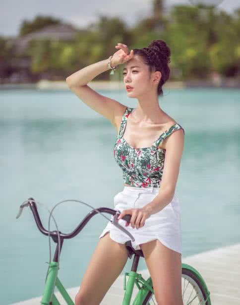 亚州女人�9�'�od9o9f�x�_她是亚洲最\