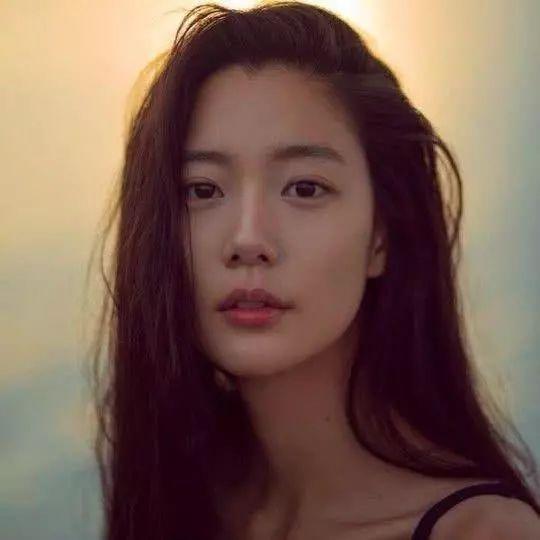 """李成敏""""表白""""心目中的男神,原来是他,亚洲第一美女的眼光真高"""