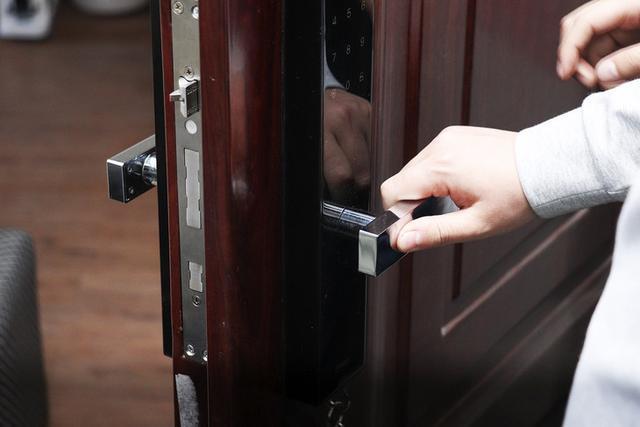 面值与强度完美融合360智能门锁K1高端黑色版评测