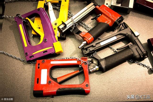 正文  气动工具主要是利用压缩空气带动气动马达而对外输出动能工作的图片