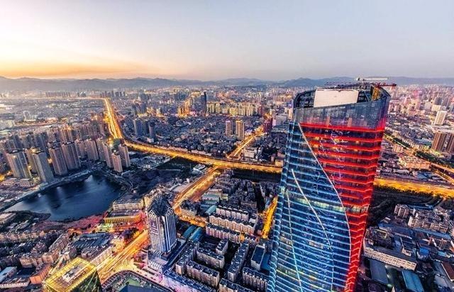 中国最佳避寒旅游的4座城市,昆明第3,三亚第1