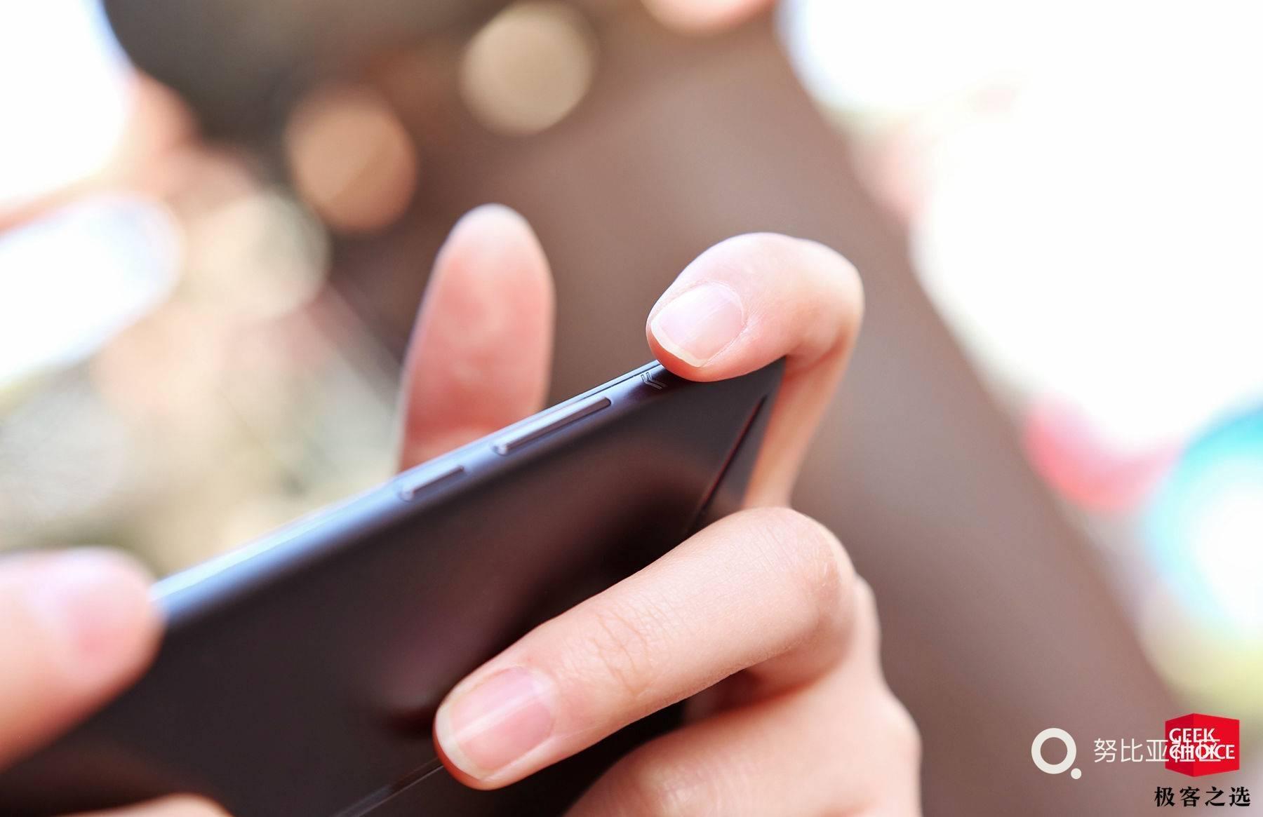 红魔Mars电竞手机实际体验怎样?首批用户反馈说明一切