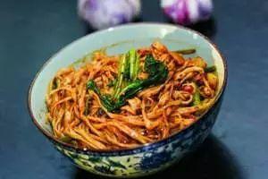 咸阳汇通面:一碗关中面的传奇吃出老陕人的情怀