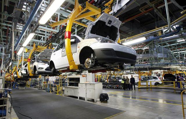 新政作用下 大部分车企很难再增加燃油车产能
