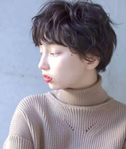 宋慧乔发型适合大脸吗?2019年清纯减龄短发就从乔妹这图片