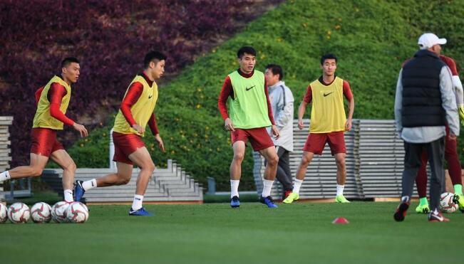 国足名单解析:11人有亚洲杯经验 或成80后绝唱