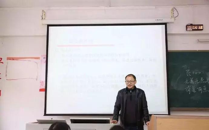 大战江湖 邵音音22岁当保安,41岁博士毕业:人生,就是得活出个样来给自己看!