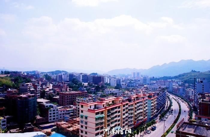 西南三省经济总量_西南三省地图全图