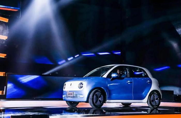 """汽车 正文  新营销:欧拉定位为""""新一代电动小车"""",不仅""""新""""在产品和图片"""