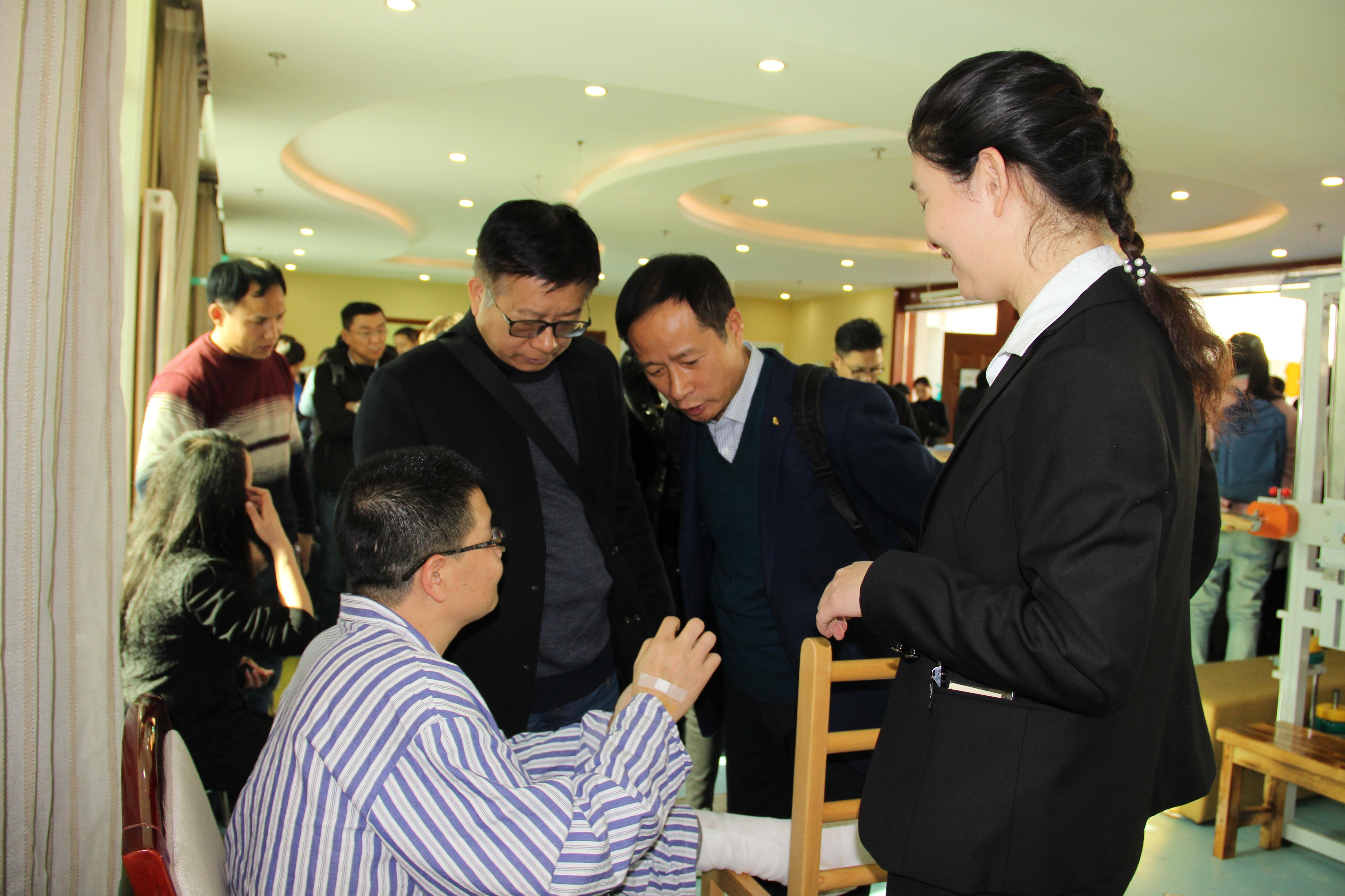 北京尔康百旺医院迎来200多位康复科大咖参观考察(案例精选)