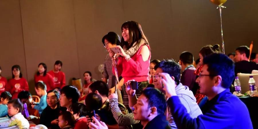 G3瑞博平台娱乐金睿家周年庆:成长在金睿家一切付出都是值得的!