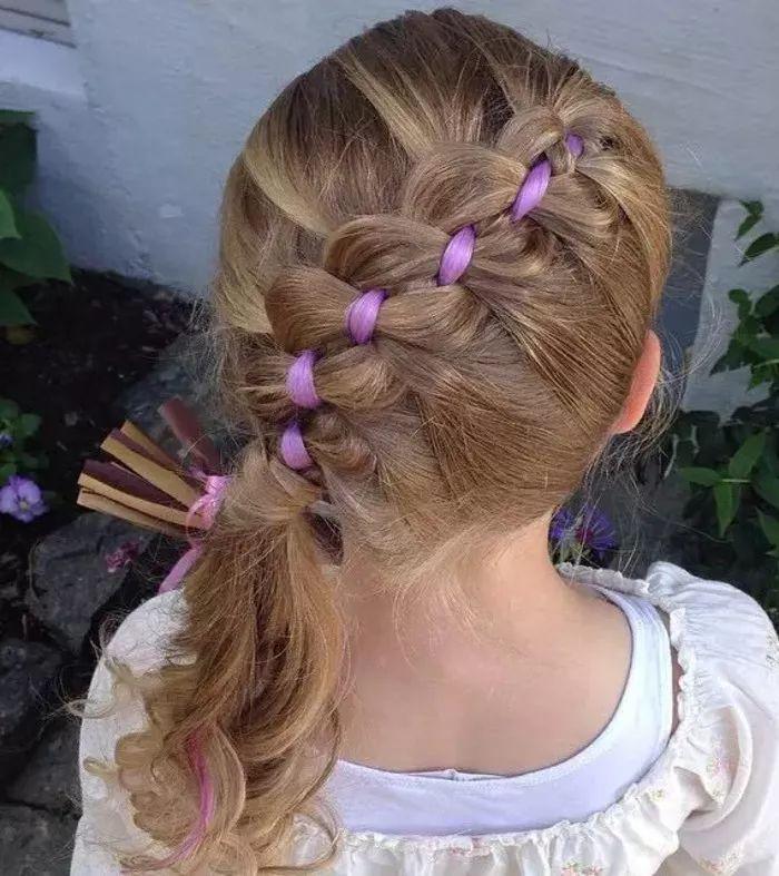 过年过节小女孩发型,可爱又精致!图片