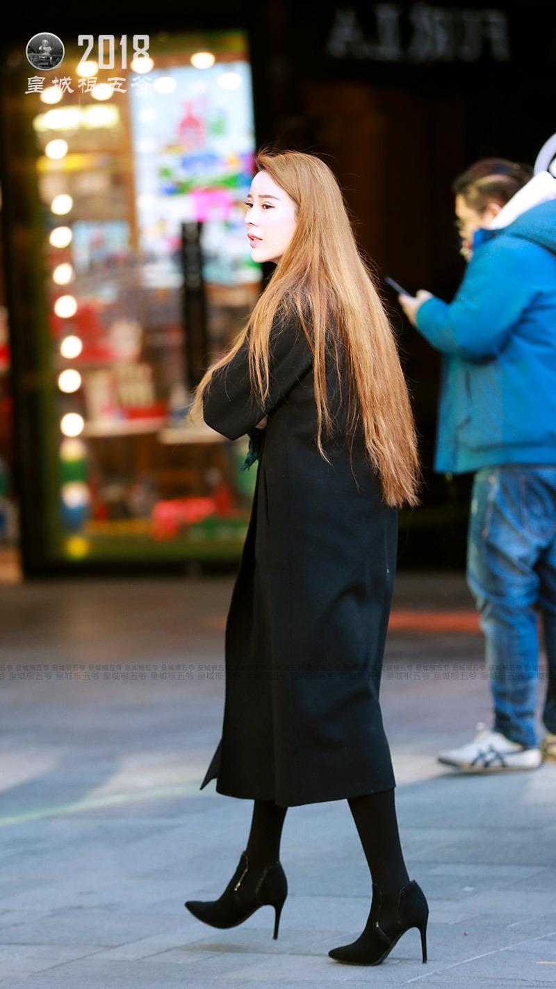 街拍:會穿搭的女人身上總是會有一股特殊的魔力 形象穿搭 第3張