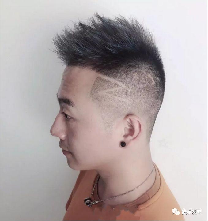 12款男生雕刻发型,让你帅得与众不同图片