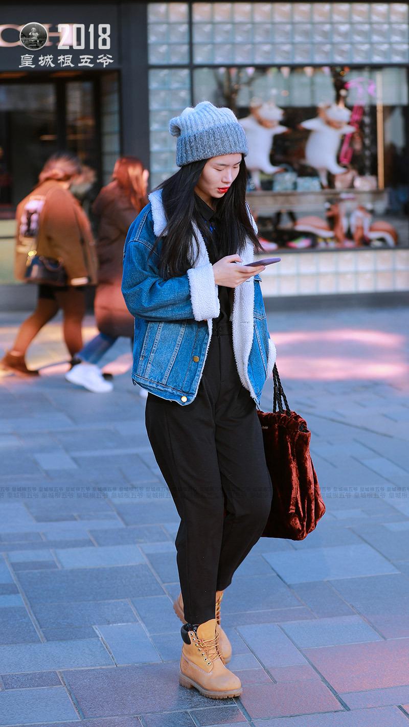 街拍:會穿搭的女人身上總是會有一股特殊的魔力 形象穿搭 第4張