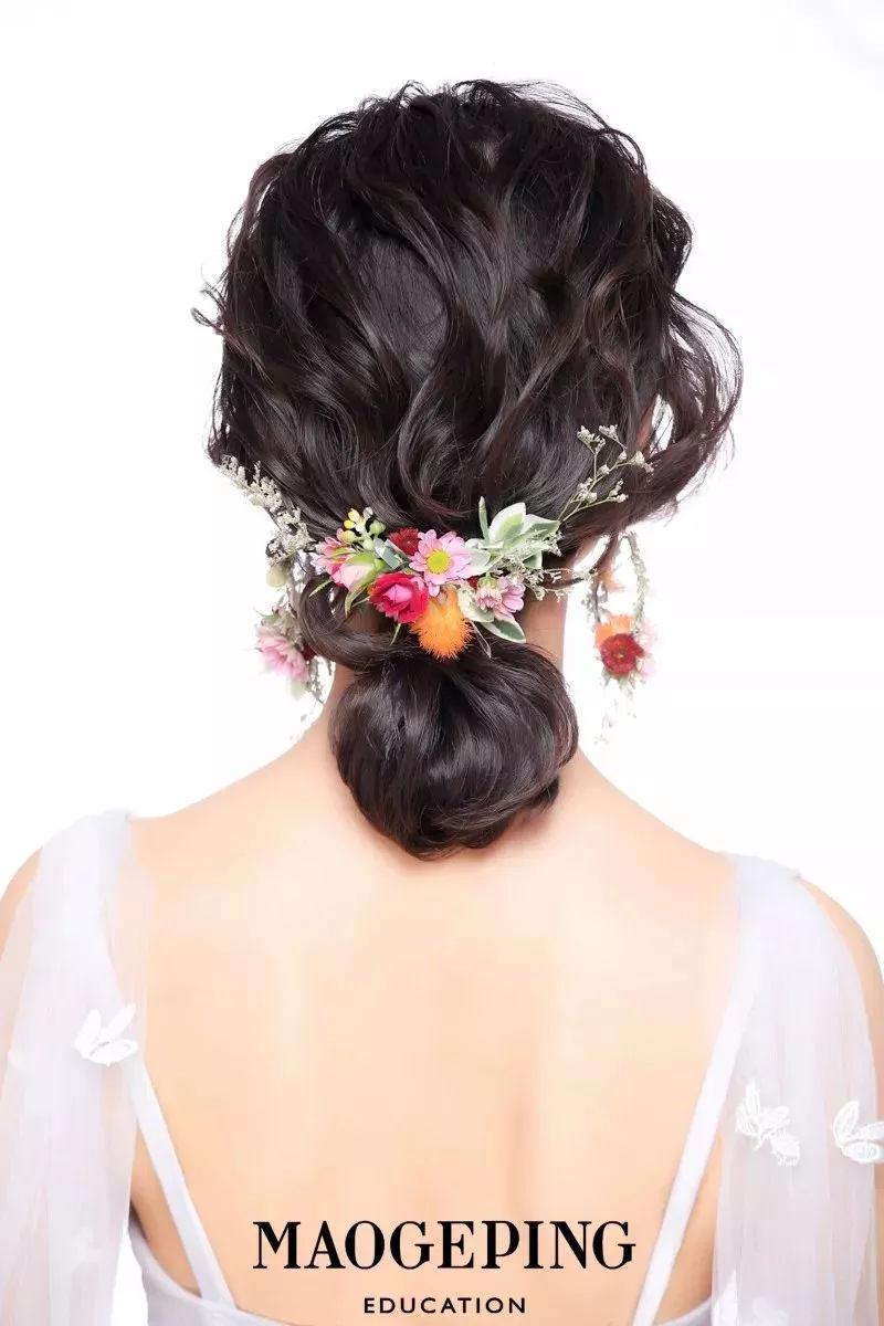 简约灵动的鲜花新娘造型,过年结婚就选它了!图片