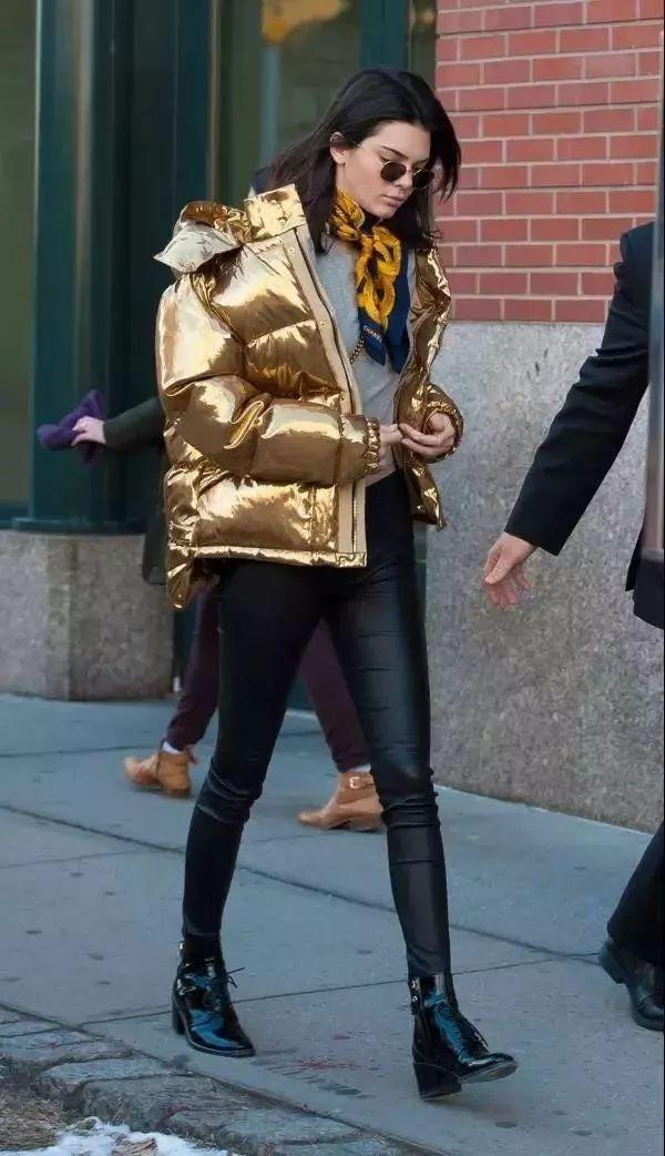 短款外套搭配參考,讓你的時尚與眾不同 形象穿搭 第15張