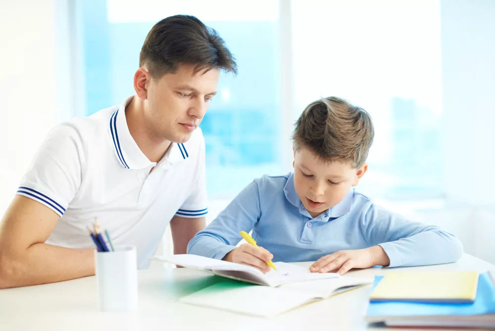 一位父亲写给儿子的信:今天努力一点,比将来低头求人强100倍!