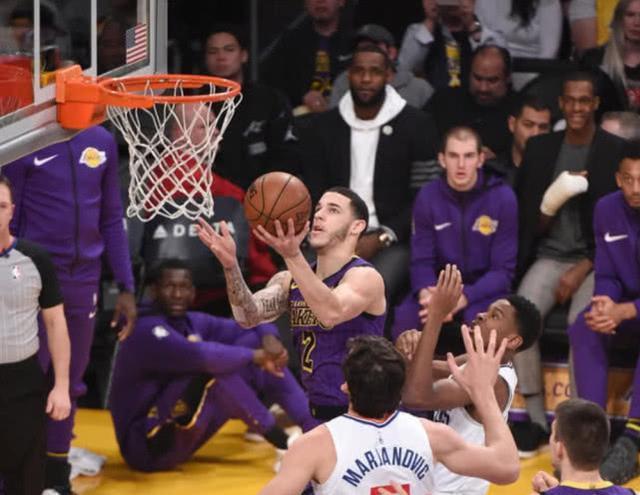 NBA排名:爆冷!猛龙惨败失榜首,勇士跌至第3, 火箭逆袭超湖人
