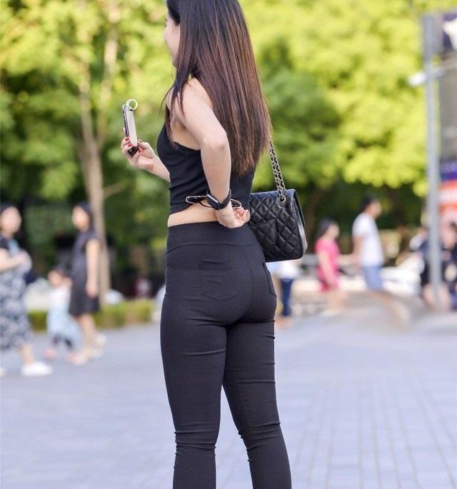 紧身裤太紧很尴尬,危害也不少