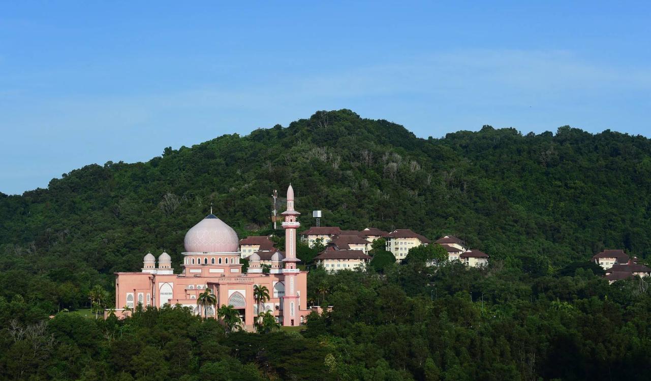 粉红清真寺女生的拍照圣地来马来西亚沙巴旅游不能错过
