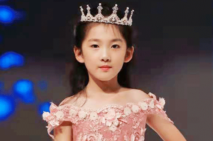 武汉儿童模特暑假班学员成果展示-吕欣妍