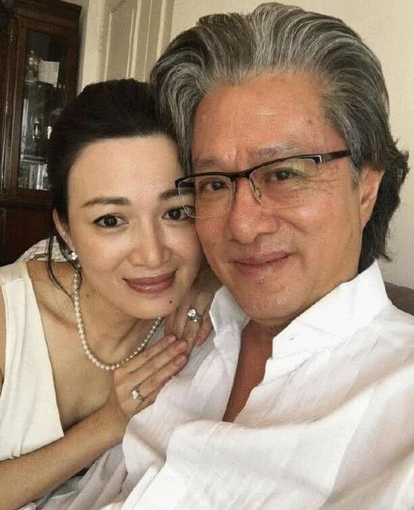 """""""双儿""""陈少霞嫁61岁富商后被曝怀孕,42岁的她一路走来真不容易 作者: 来源:糊说娱有料"""