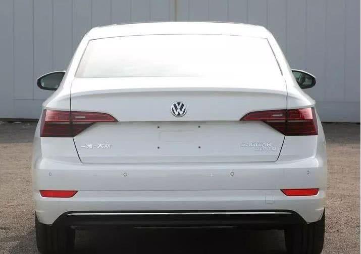 """一汽-大众挨骂最多卖得却不错的车要出新款了名字里加了""""L""""_北"""