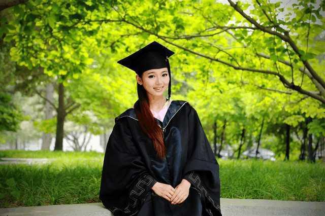 6个文科专业学到极致:变成收入极高6个职业
