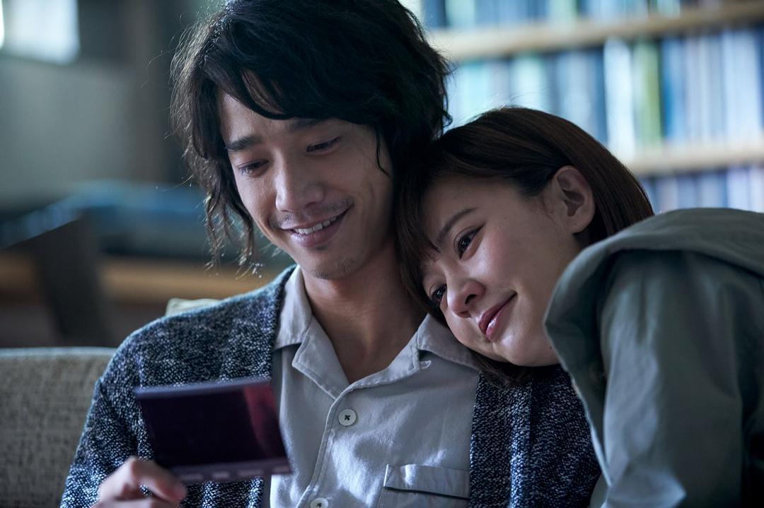 电影�:(_台湾地区华语片年度冠军《比悲伤更悲伤的故事》看哭林俊杰